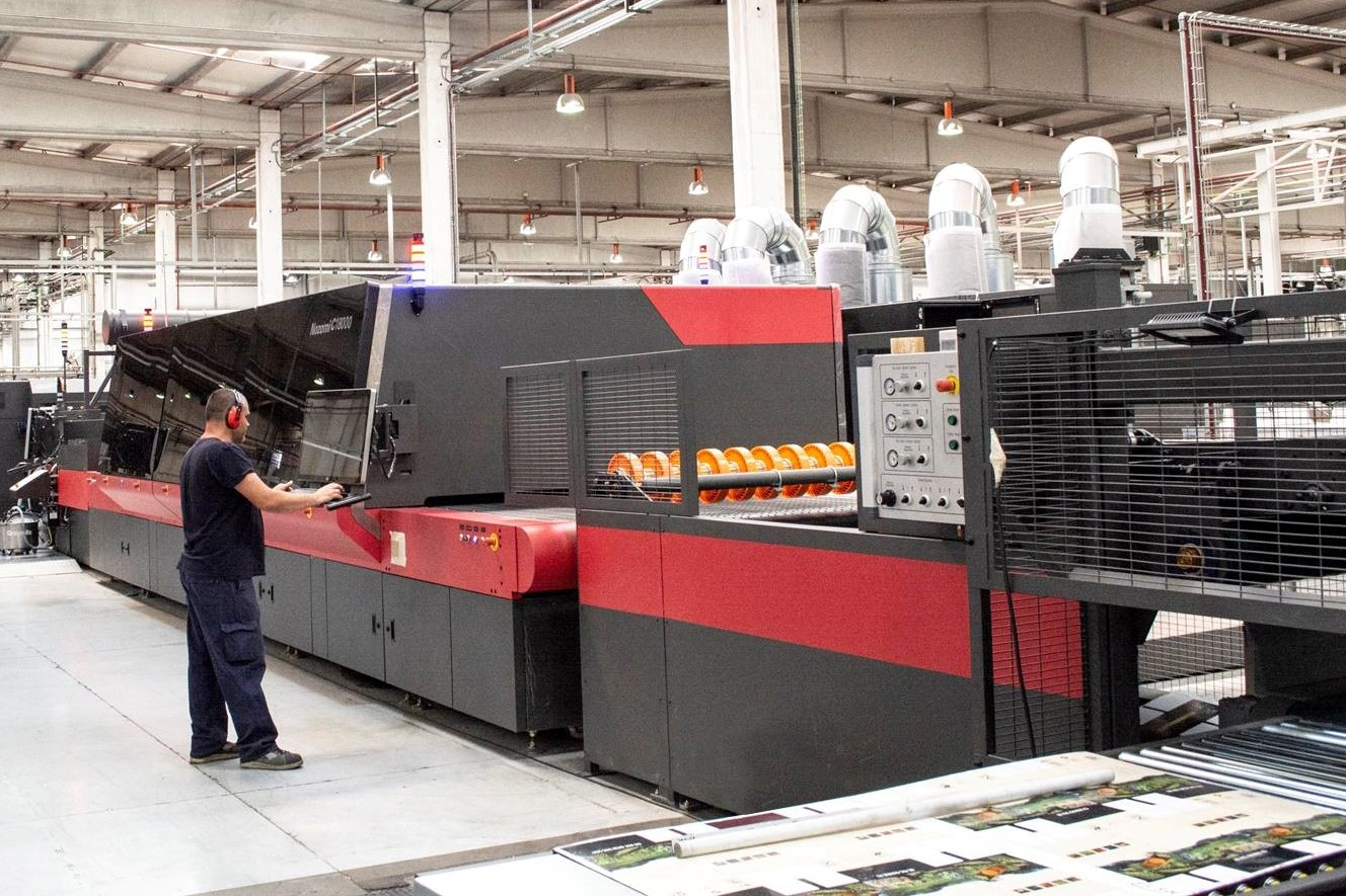 Hinojosa and EFI Achieve the World's First Fogra PSD Certification for Single-Pass Digital Printing