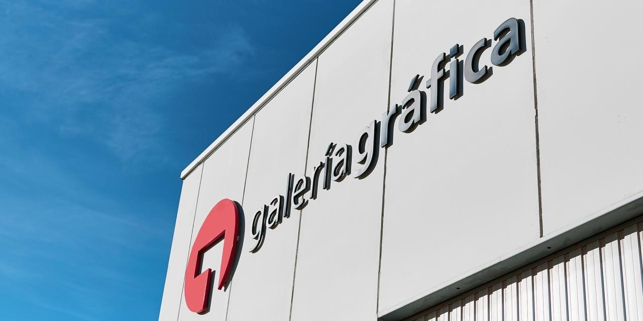 Hinojosa enters the luxury packaging market with the acquisition of Galería Gráfica